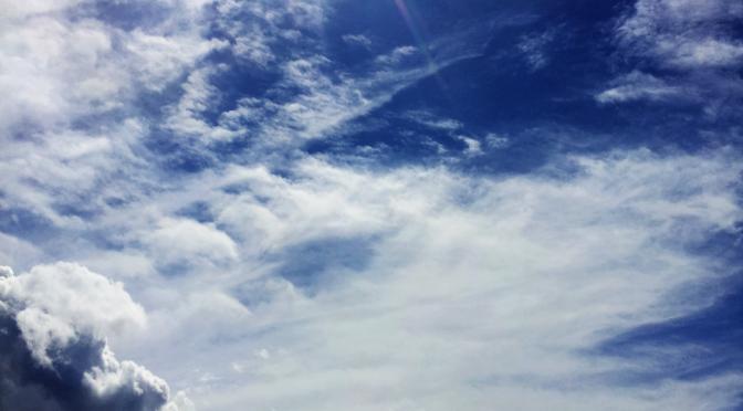 cloud lurks (haiga)