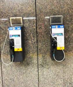 © Clr '14 Montreal Métro Pay Phone