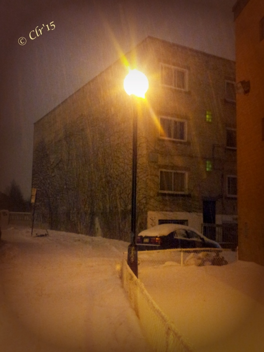 20150118_222928_Android (2) lamppost near alley